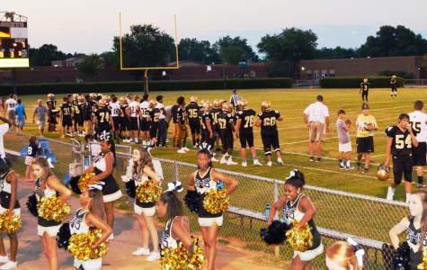 Greer Dominates Clinton in JV Football Action