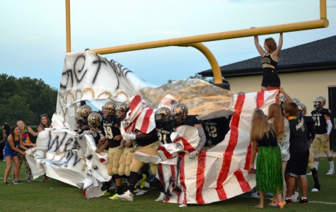 Yellow Jackets Rout Warriors, 49-6