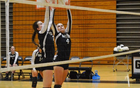 Yellow Jackets Spike Vikings in Volleyball Action