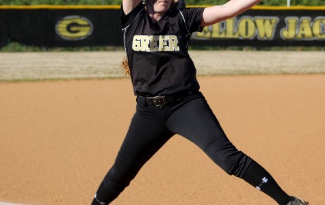 Craig Leads Yellow Jackets Past Panthers in Softball Action