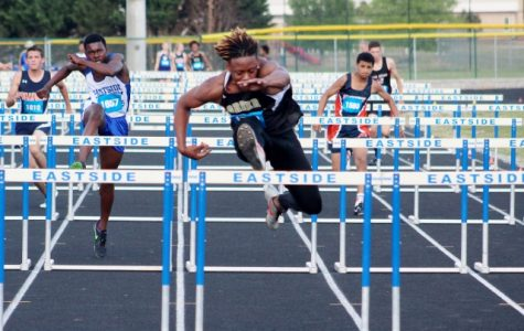Yellow Jackets Take Second Place at Boy's & Girl's Region 2 Track & Field Meet