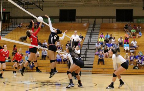 Yellow Jackets Pound Red Raiders in Non-Conference Volleyball Match
