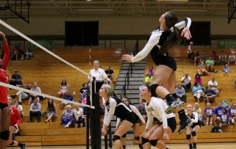 Yellow Jackets' Volleyball Team Falls to Landrum & Chapman High Schools