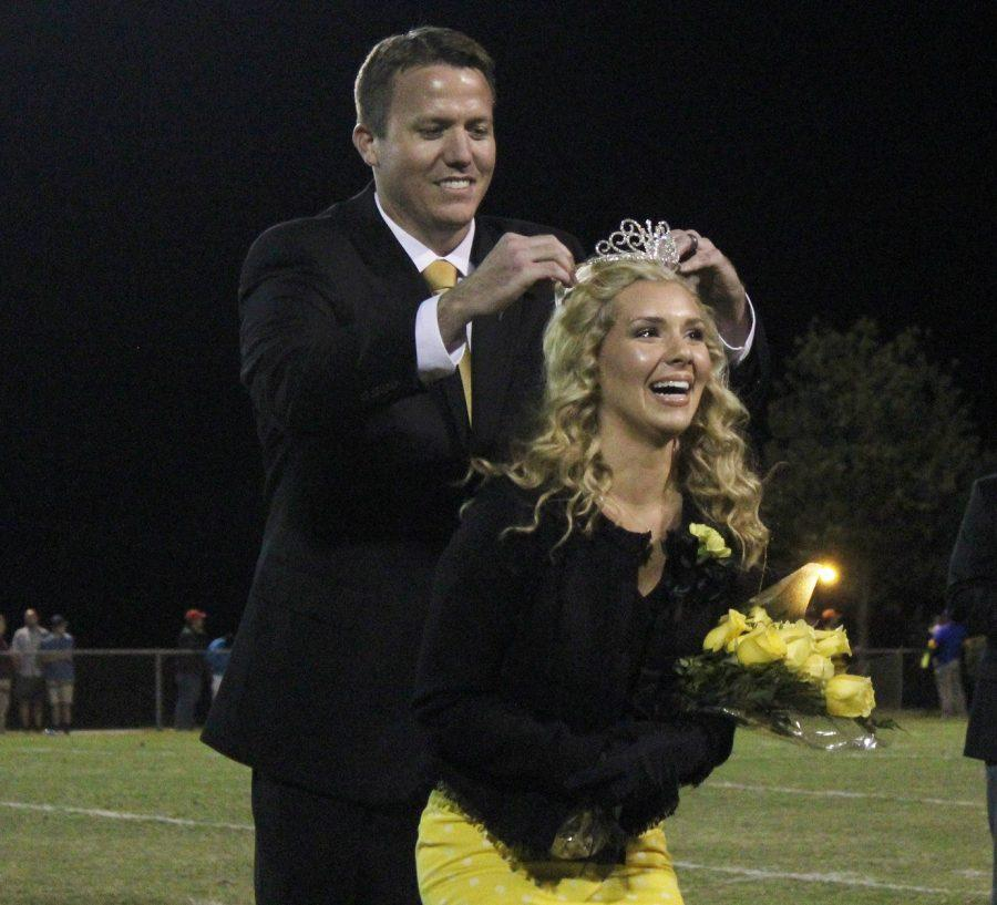 Greer+High+School+Senior+Emma+Cornell+smiles+as+she+is+crowned+Homecoming+Queen+Friday+night+at+Halftime+of+the+Yellow+Jackets%27+game+against+Travelers+Rest+High+School.