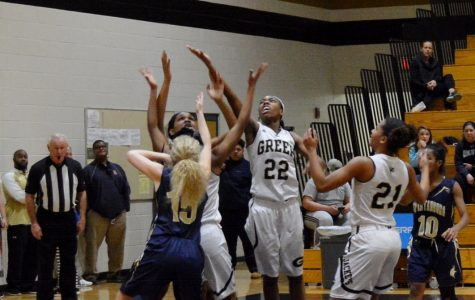 Shiflet Has Career Night as Yellow Jackets Edge Spartanburg