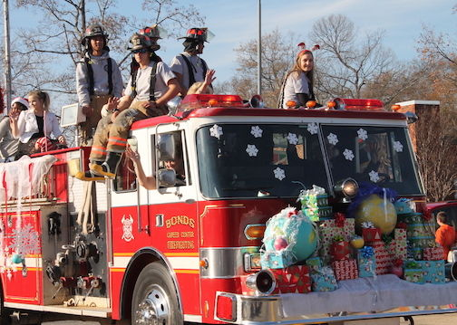 Greer Christmas Parade 2020 Greer Christmas Parade – The Greer Hive Times