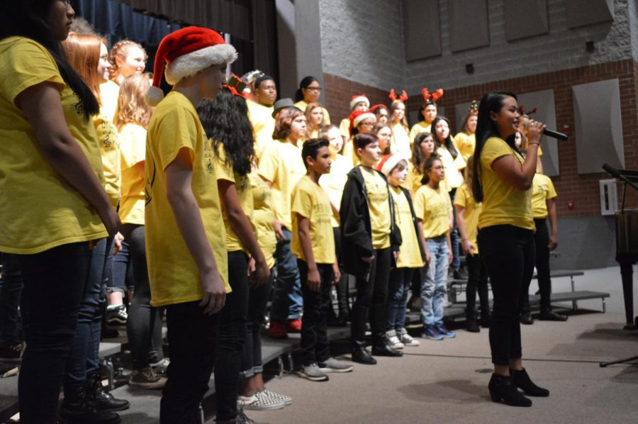 Band and Chorus Spread Holiday Cheer