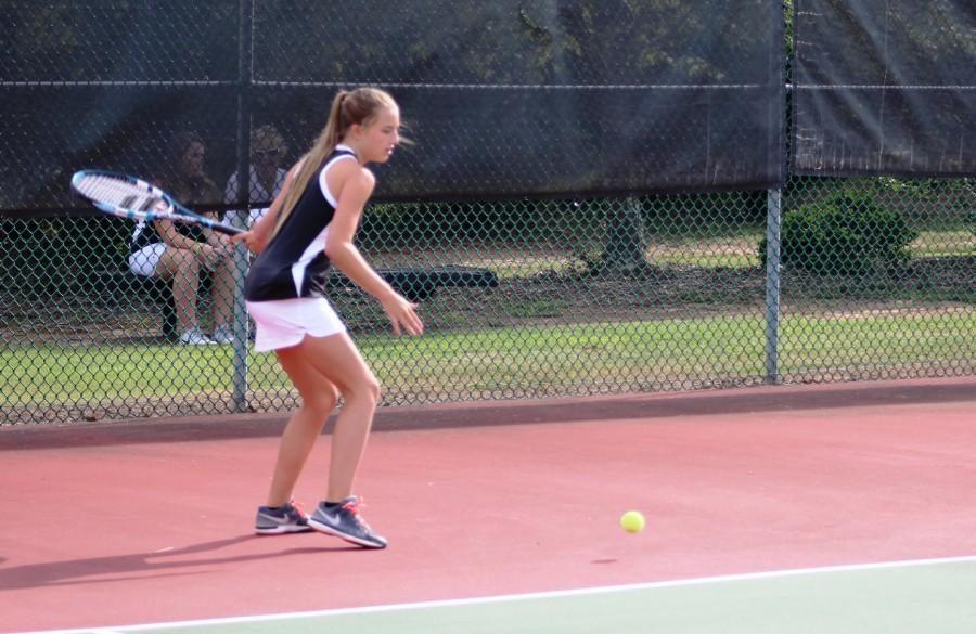 Hanna+Henline%3A+Causing+a+Racquet
